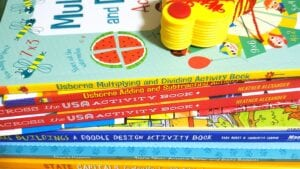 Blog Banner Entertaining and Educational Books For Your Homeschool